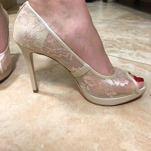 Ivanka Trump Shoes - Ivanka Trump Maggie Satin & Lace Cream Pump